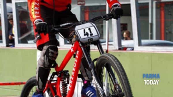 ebx: l'electric bike cross debutta a parma-3