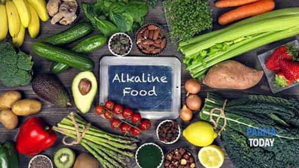 Cibi alcalinizzanti: lezione e cena della vegan chef viorica tarnovschi