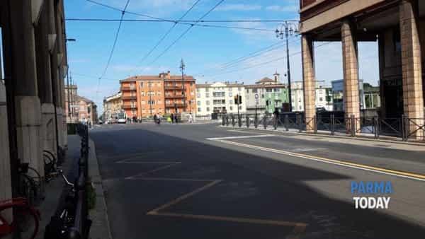 Parma in zona gialla: coprifuoco alle 22 da venerdì