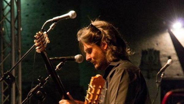 """Rocco Rosignoli in concerto con """"Mirande Prove"""" al Ratafià domenica 29 marzo ore 22.15"""