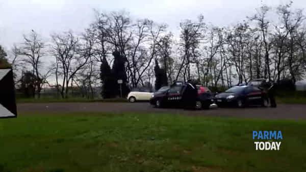 VIDEO - Giallo a Noceto: trovato cadavere carbonizzato
