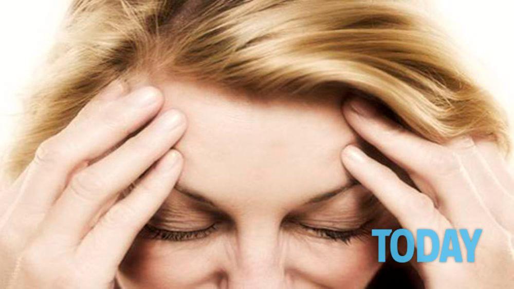 Mal di testa 'dietro agli occhi': le cause, come si..