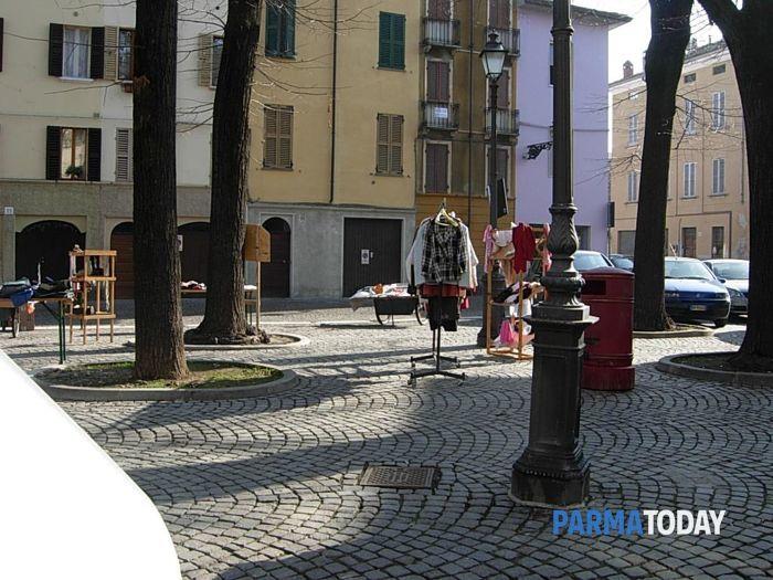 mercatino-del-regalo-piazzale-inzani-8