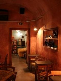 """Enoteca Ombre Rosse"""